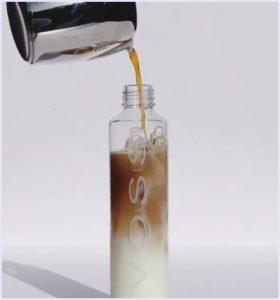 VOSS,ボトル,熱湯